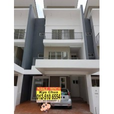 Taiping Crystal Creek Superlink Terrace house for sale